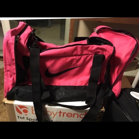 Nike Bags   Hot Pink Duffel Bag   Poshmark 865bbaa20b